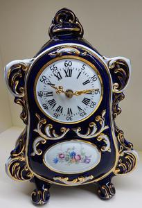 stolní hodiny české baroko porcelán modré CZ