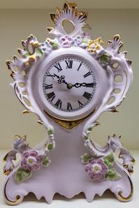 stolní hodiny porcelán růžové květiny CZ