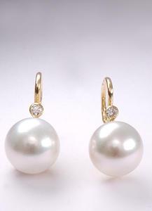 Zlaté náušnice s perlou a diamantem N164