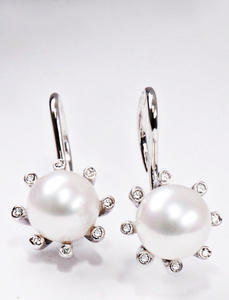 Zlaté náušnice s perlou a diamanty N182