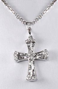 Zlatý přívěšek diamantový kříž P141
