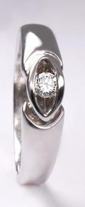 Zlatý prsten s diamantem PD209