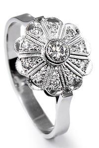 Zlatý prsten s diamanty PD356