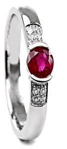 Zlatý prsten s rubínem a diamanty PD518