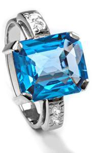Zlatý prsten s topazem a diamanty PS543