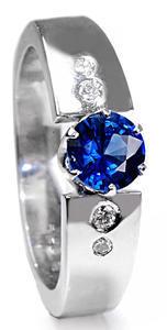 Zlatý prsten se safírem a diamanty PD460