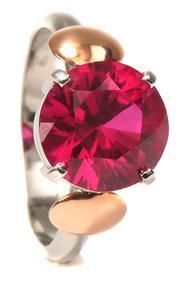 Zlatý prsten s rubínem P1013
