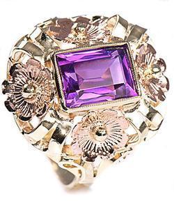 Zlatý prsten s ametystem P308