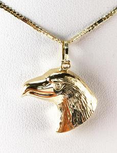 Zlatý přívěšek hlava orla 065507