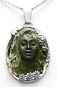 Zlatý přívěšek vltavínová víla 04062020