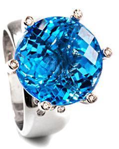 Zlatý prsten s topazem a diamanty PD467