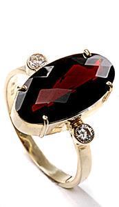 Zlatý prsten s almandinem P923