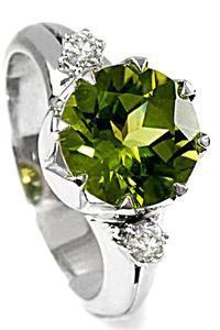 Zlatý prsten s olivínem a diamanty PD502