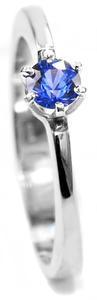 Zlatý prsten se safírem 015135