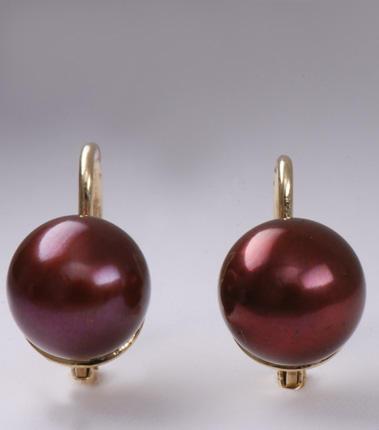 Zlaté náušnice s perlou N157