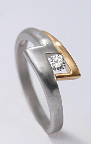 Platinový prsten PT6