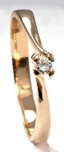 Zlatý prsten s diamantem PD547
