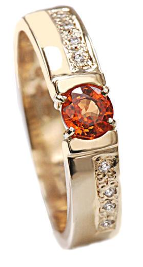Zlatý prsten se safírem a diamanty PD431