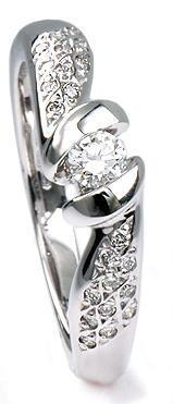 Zlatý prsten s diamanty PD311  - 1
