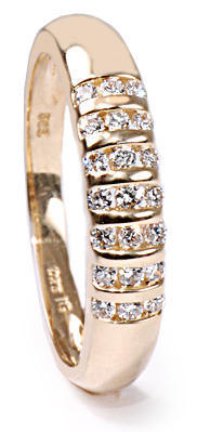 Zlatý prsten s diamanty PD318