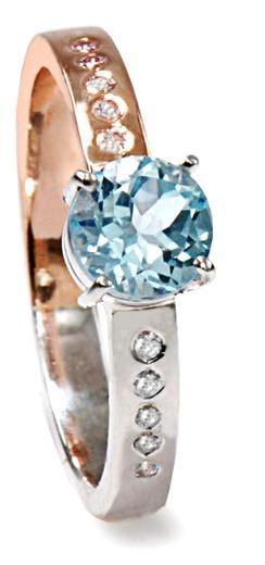 Zlatý prsten s topazem a diamanty PD525