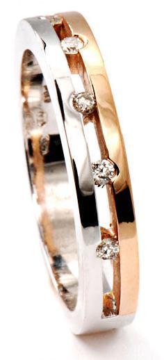 Zlatý prsten s diamanty PD537