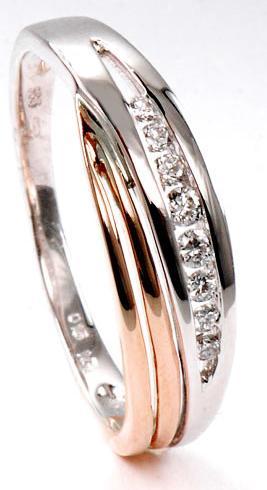 Zlatý prsten s diamanty PD538