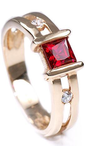 Zlatý prsten s rubínem a zirkony P846