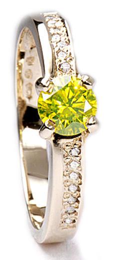 Zlatý prsten se žlutým diamantem PD132