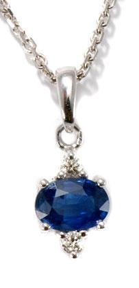 Zlatý přívěšek se safírem a diamanty P208