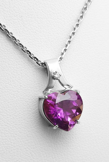 Zlatý přívěšek s ametystem a diamantem 027088  - 1