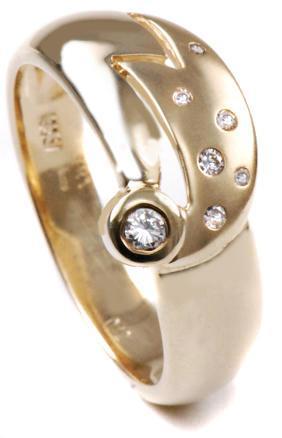Zlatý prsten s diamanty PD487
