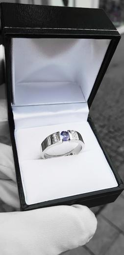 Zlatý prsten se safírem a diamanty 015008  - 2