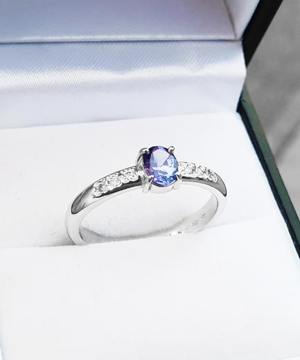 Zlatý prsten se safírem a diamanty 015150  - 2
