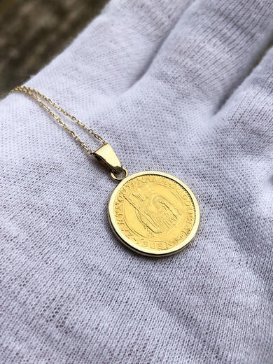 Zlatý přívěšek sv. Václav 21052021  - 2