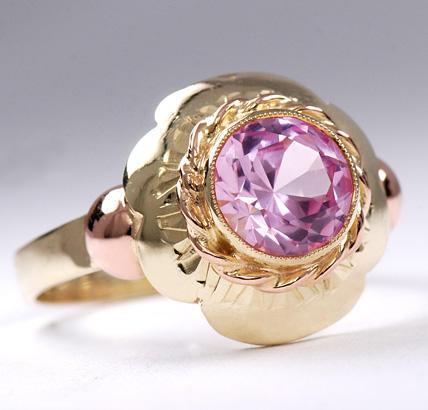 Zlatý prsten s rubínem P800  - 2