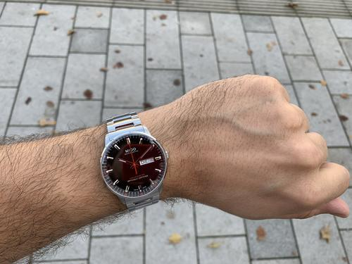 MIDO Commander M021.431.11.051.00 Chronometer  - 2