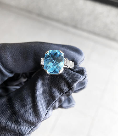 Zlatý prsten s topazem a diamanty PS544  - 2