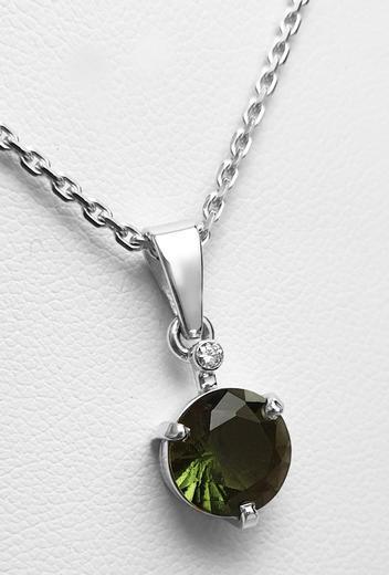 Zlatý přívěšek s vltavínem a diamantem 023577  - 2
