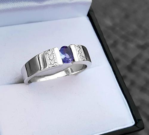 Zlatý prsten se safírem a diamanty 015008  - 3