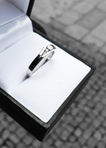 Zlatý prsten s diamantem PD381  - 3
