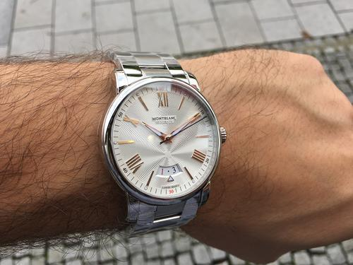 Montblanc 4810 Day-Date 114852  - 3