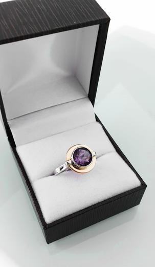 Zlatý prsten s ametystem 014986  - 3