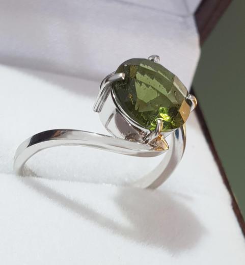 Zlatý prsten s vltavínem P894  - 3