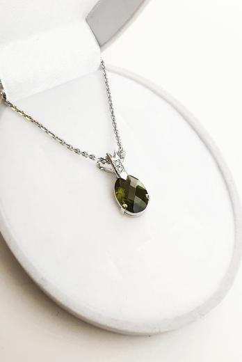 Zlatý přívěšek s vltavínem a diamanty 023463  - 3