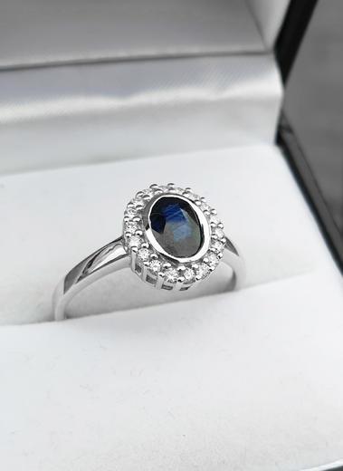 Zlatý prsten se safírem a diamanty 70114  - 3