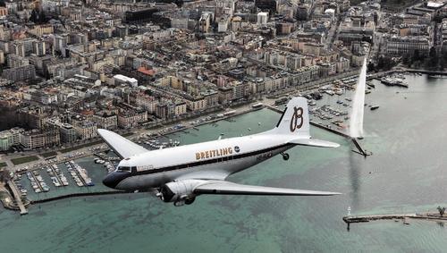 BREITLING NAVITIMER DC-3 Circles the Globe AB0129A/BD09  - 4