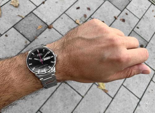 MIDO Commander M021.431.11.051.00 Chronometer  - 4