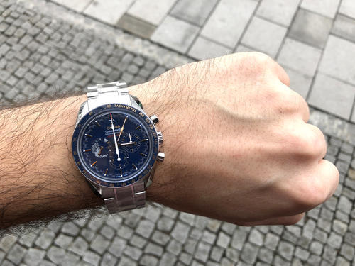 OMEGA SPEEDMASTER PROFESSIONAL Moonwatch Apollo XVII 311.30.42.30.03.001  - 4