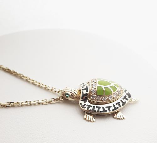 Zlatý přívěšek želvička 20900  - 4